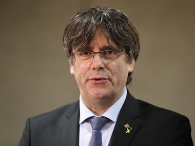 Spanish court issues arrest warrant for ex-Catalan leader Carles Puigdemont