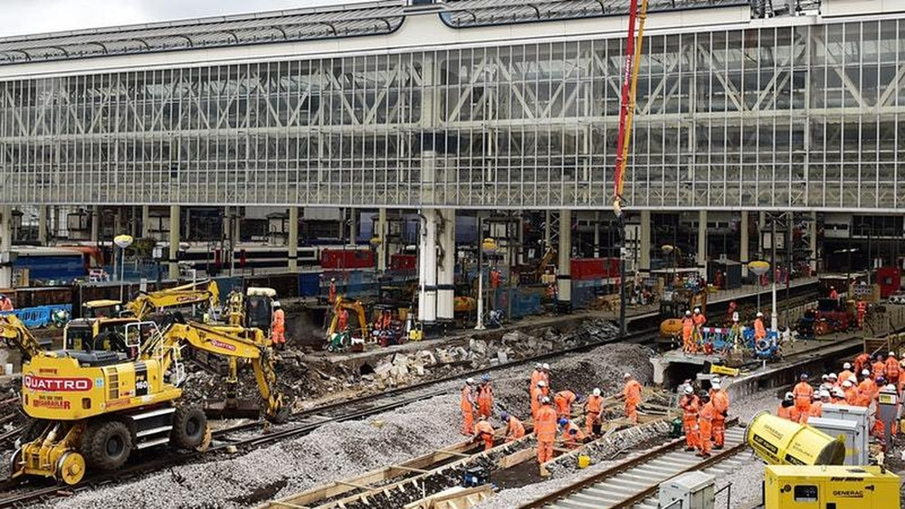 Points Failure At London S Waterloo Station Causes Travel