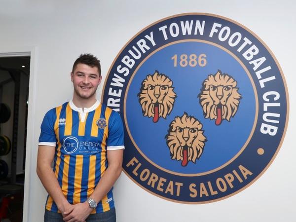 Shrewsbury Town's Brad Walker resumes loan spell at Wrexham