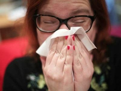 Whooping cough bacteria 'can hide in noses and throats of healthy people'