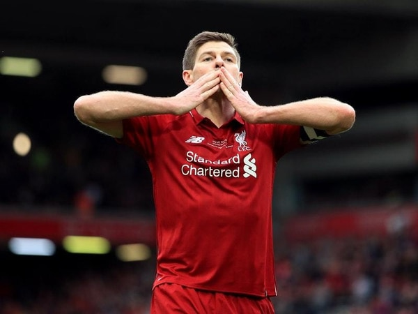 Watch: Steven Gerrard scores winner from outside the box in Anfield charity game