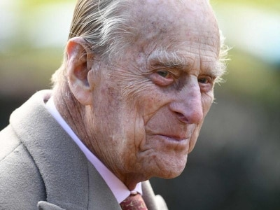 Prince Philip given 'words of advice' after being pictured without seatbelt
