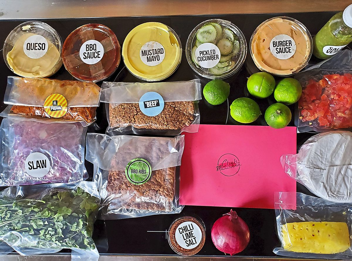 Labelled contents of the taco box