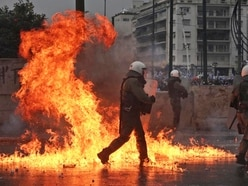 Police officers injured in clashes over Greece-Macedonia name deal