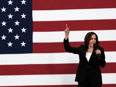Kamala Harris puts gender pay equality at heart of pitch for White House