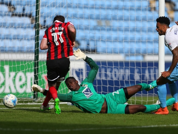 Shrewsbury Town hoping to land the signature of former Arsenal 'keeper Reice Charles-Cook