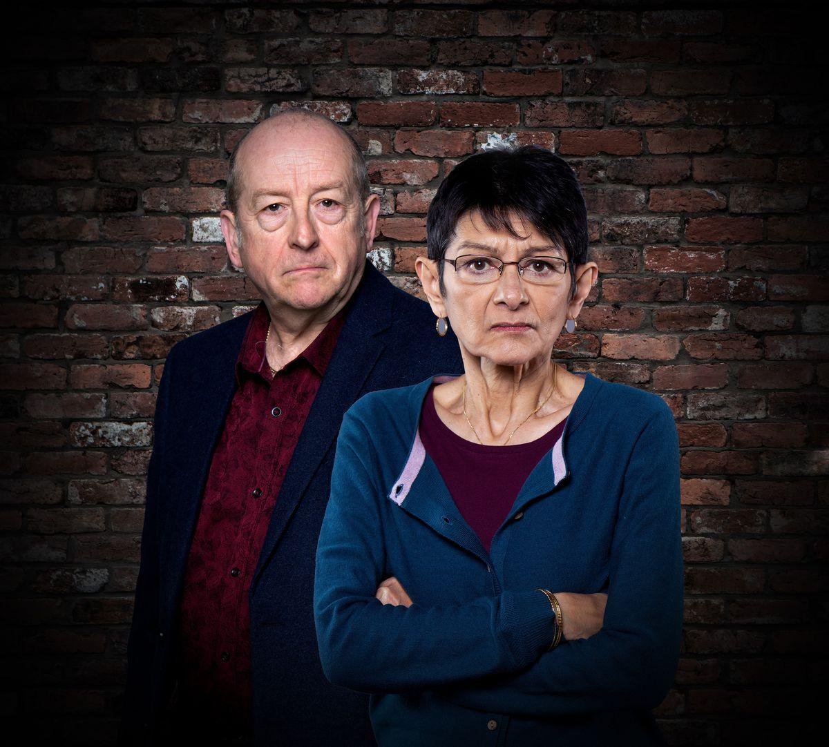Ian Bartholemew as Geoff Metcalfe alongside Shelley King as Yasmeen Matcalfe in Coronation Street
