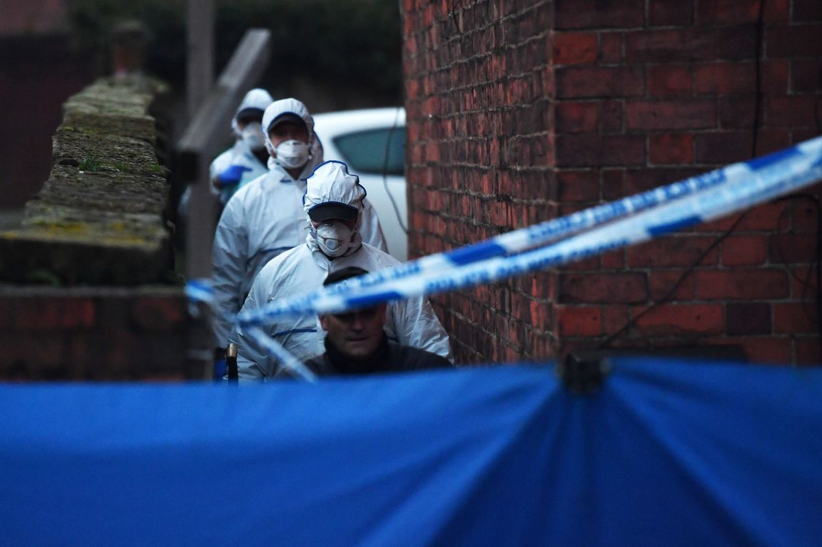 The forensic search team arrive at the flat in Wolverhampton Road, Stafford, yesterday. Credit: Jacob King/PA Wire