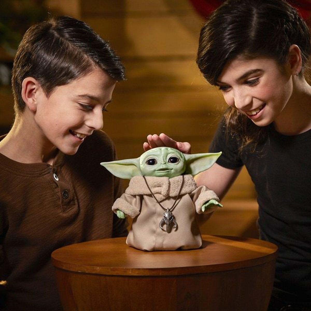 Star Wars Mandalorian The Child Animatronic