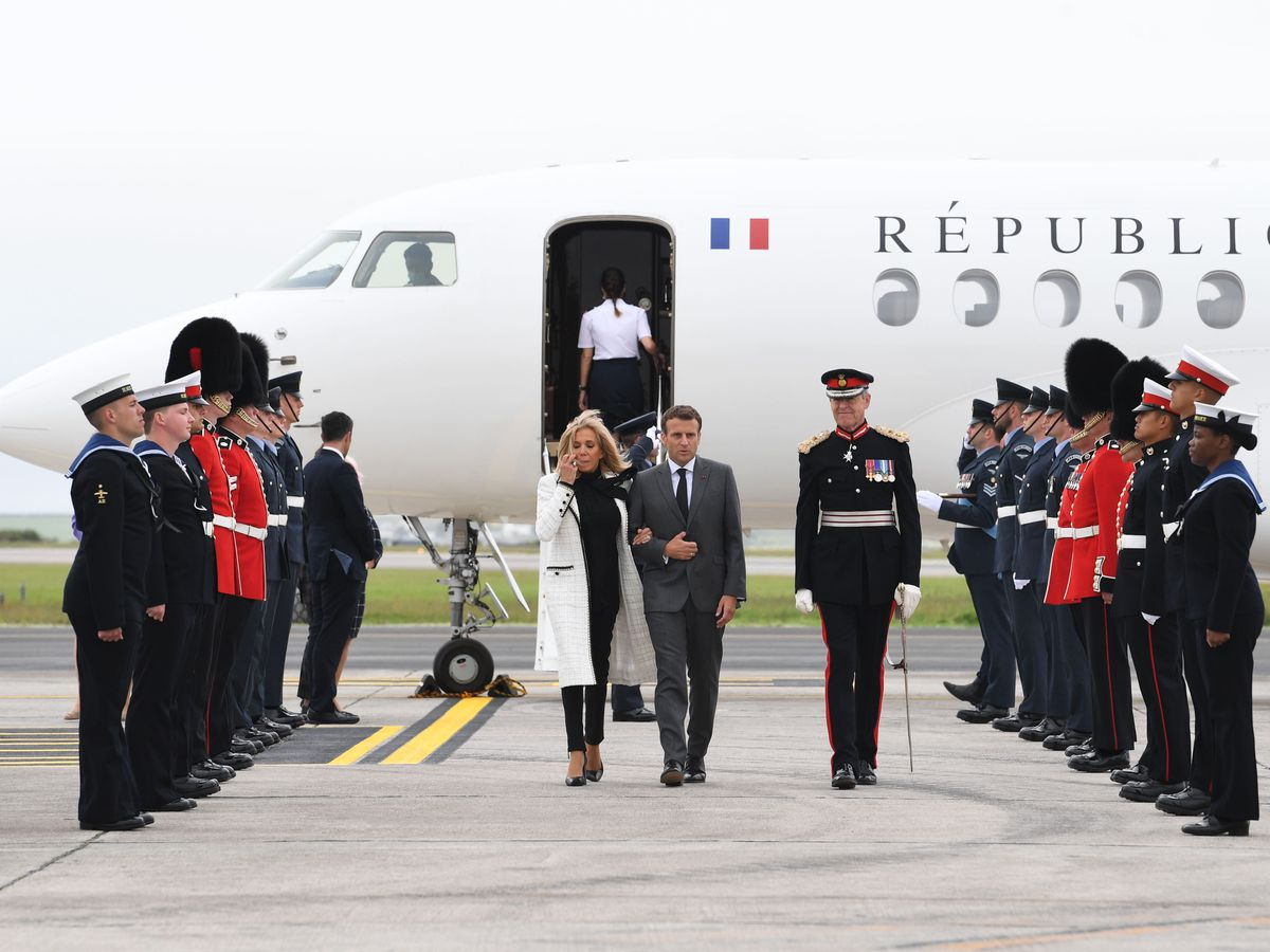 Emmanuel Macron arrives