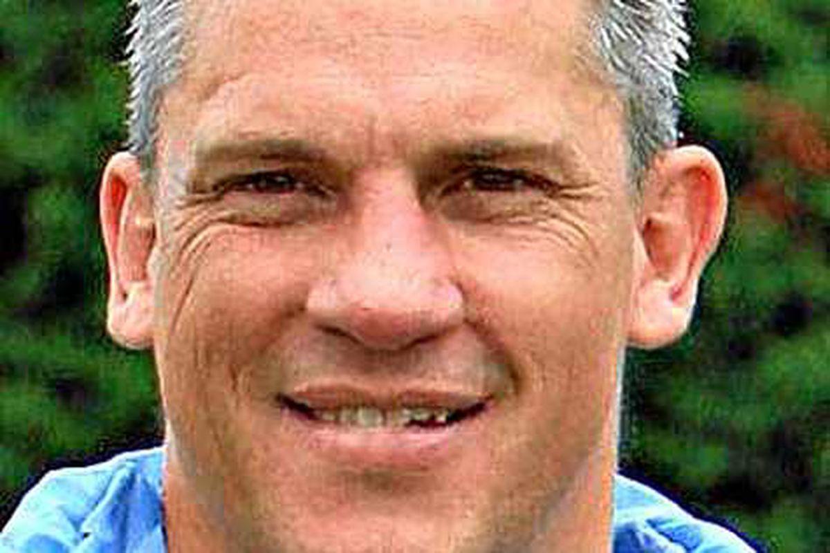 Ellesmere boss Lee Mills decides to take break