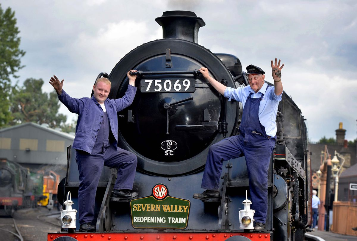 Fireman Joshua Harvey and driver Tony Bending at The Severn Valley Railway