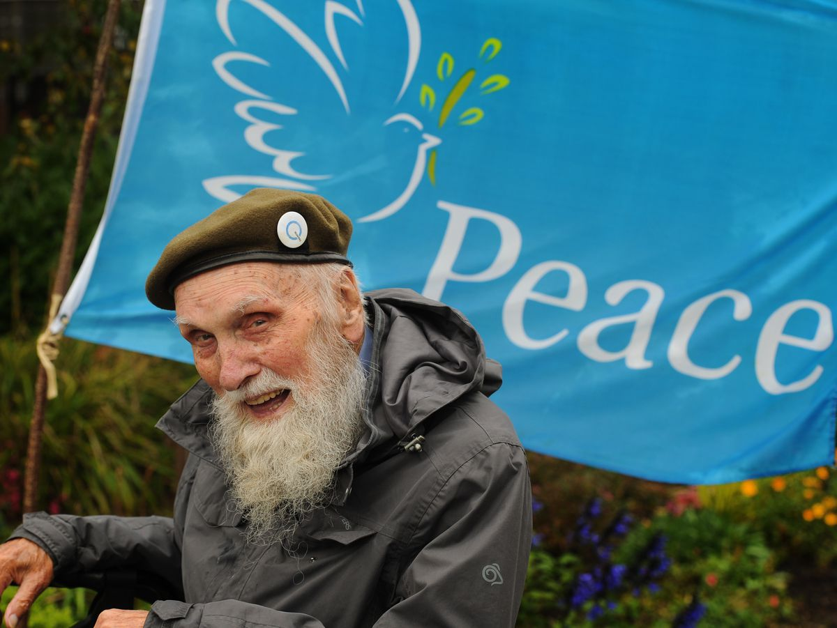 War veteran and peace campaigner George Evans has died aged 97