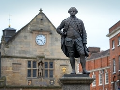 Call for referendum on Shrewsbury Clive of India statue