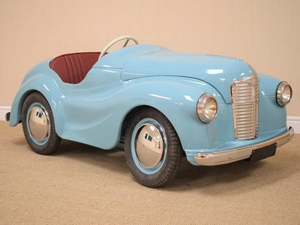 The fully restored car which is being auctioned to raise money for the Lingen Davies Cancer fund.