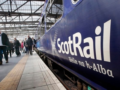 Rail services disrupted between Glasgow and Edinburgh