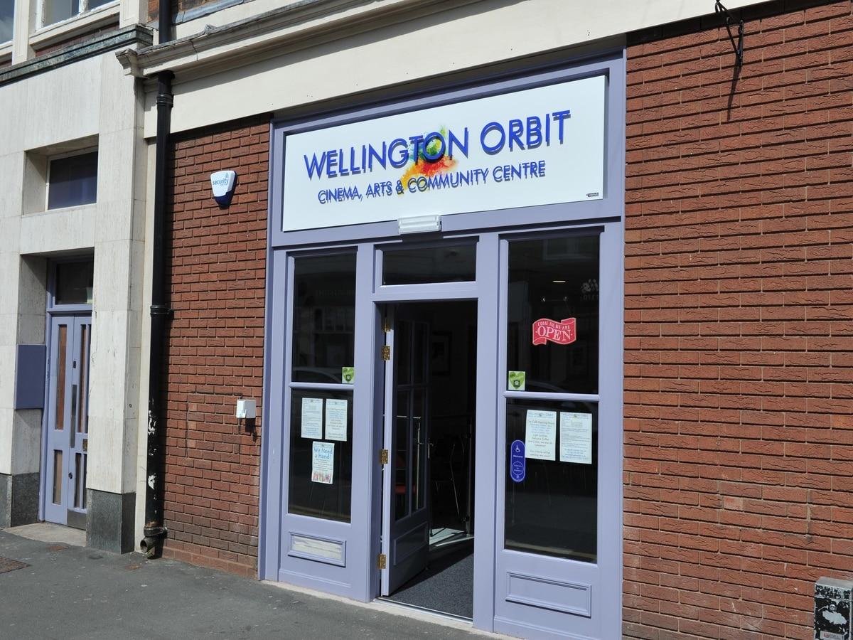 The Aeronauts: Wellington film screening with talk from Shropshire balloon legend - shropshirestar.com
