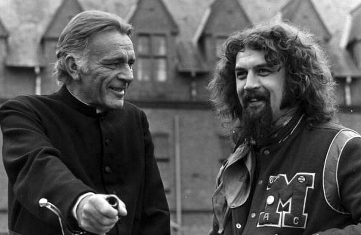In May 1978 legendary actor Richard Burton, and The Big Yin – Billy Connolly – were filming the movie Absolution at Ellesmere College, which was playing the part of the Catholic public school. Comic Connolly was making his movie debut. The college was closed at the time for the holidays, so pupils from Lakelands School were roped in as extras.