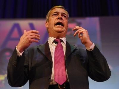 Nigel Farage urges Brexiteers to prepare for second referendum