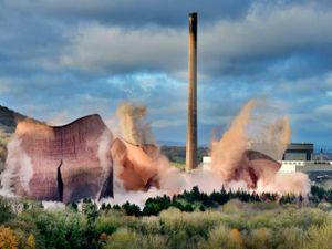 LAST COPYRIGHT SHROPSHIRE STAR STEVE LEATH 06/11/2019..Ironbridge Power Station demolition..