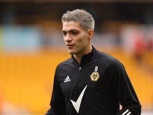 Raul Jimenez of Wolverhampton Wanderers warms up. (AMA)