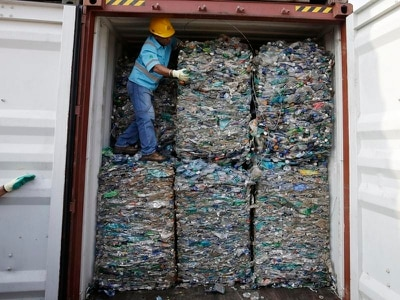 Indonesia sending back hundreds containers of waste from West
