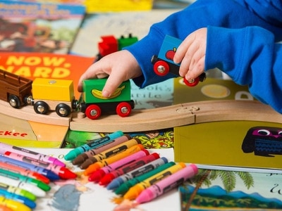 Childcare providers urged to promote 'gender-equal play'