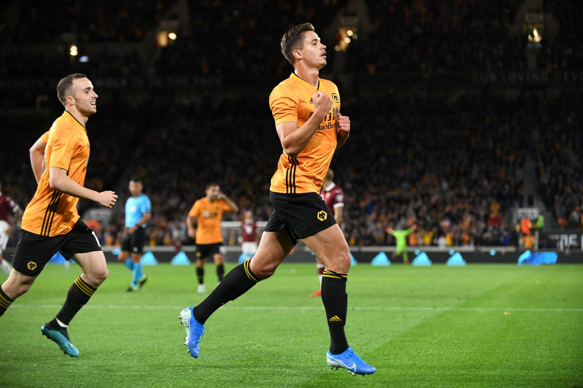 Leander Dendoncker netted his third goal in Wolves colours (© AMA / Sam Bagnall)