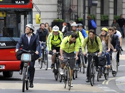 No justification for making helmets compulsory, say cycling campaigners