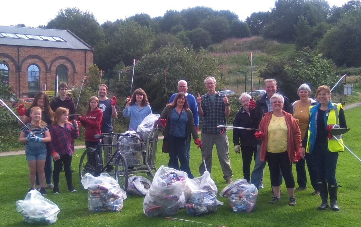 A previous litter pick at Wilfred Owen Green held before social distancing