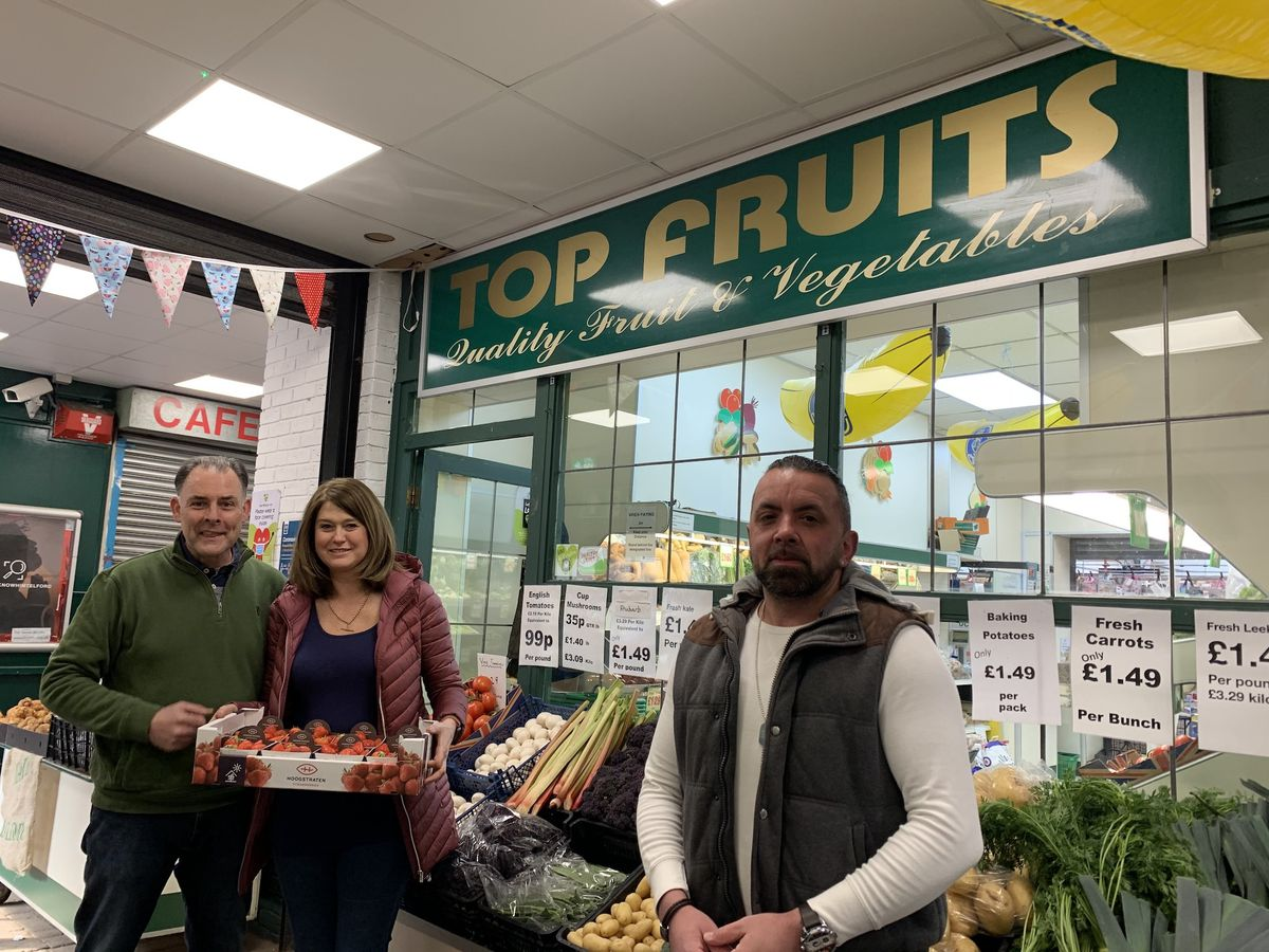 Steve and Lou Denbraven of Top Fruits with Daryl Brown of DesignDoughnut