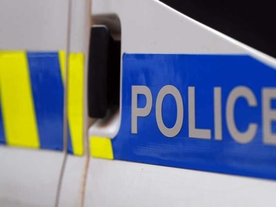 Man suffers fractured jaw during assault in Oswestry street