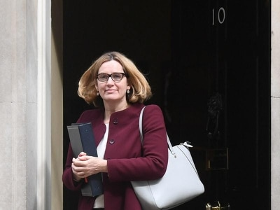 Amber Rudd's claim over immigration targets disingenuous – ex-border chief