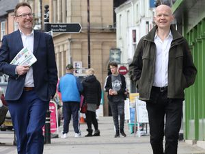 Russell George and William Hague visit Welshpool