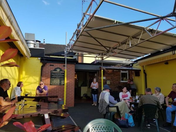 The outdoor entertainment area at The Crown Inn, Oakengates