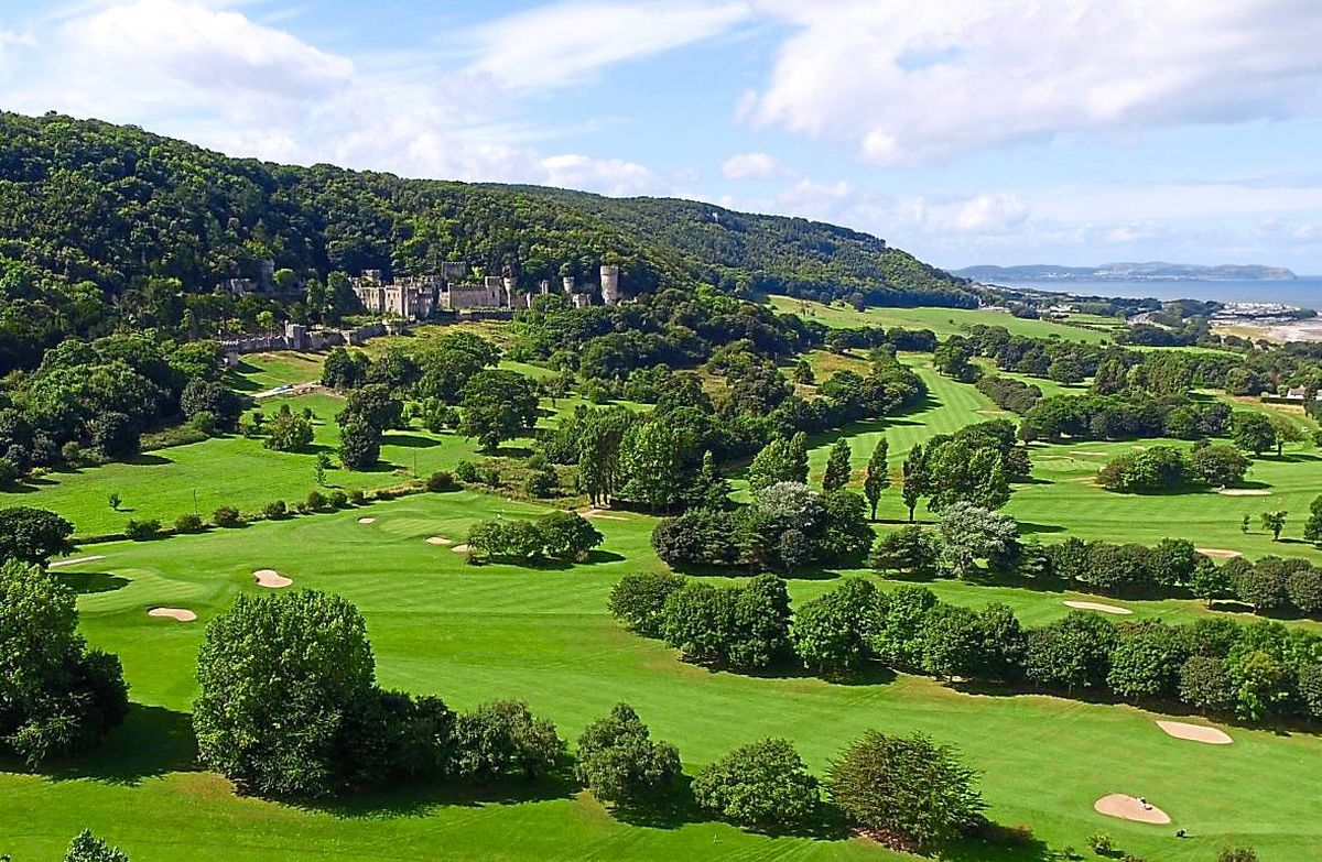 Abergele Golf Club sits below the castle in an idyllic spot in the North Wales countryside. It is offering free rounds of golf, but only to pairs called Ant and Dec.