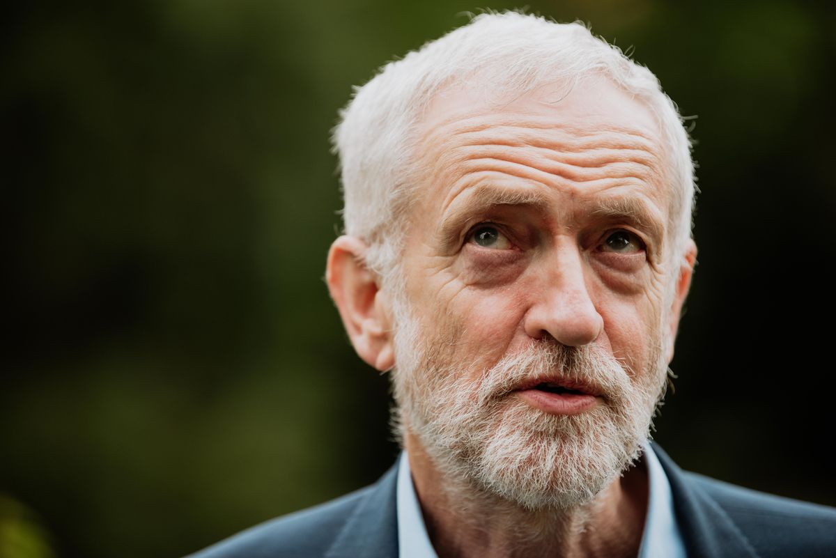 Jeremy Corbyn makes a surprise visit to Ironbridge in May 2019