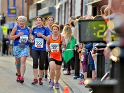 Almost 500 runners feel the heat at Dawley's 5k Phoenix Flyer - with pictures