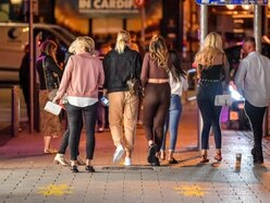 PM to announce 10pm curfew for pubs, bars and restaurants as Covid cases rise
