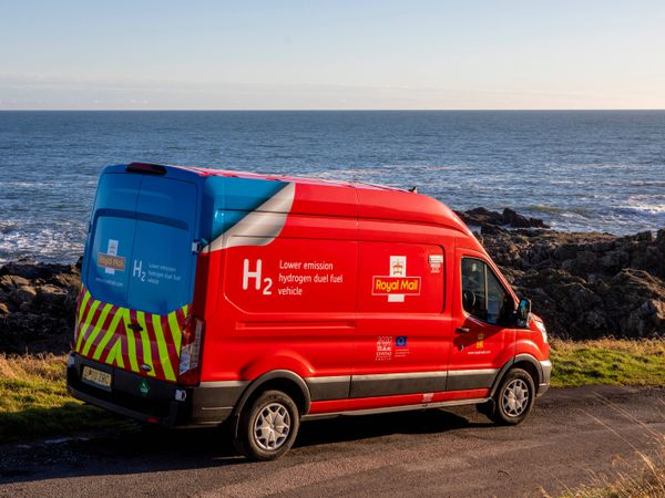 The new Royal Mail dual fuel hydrogen van