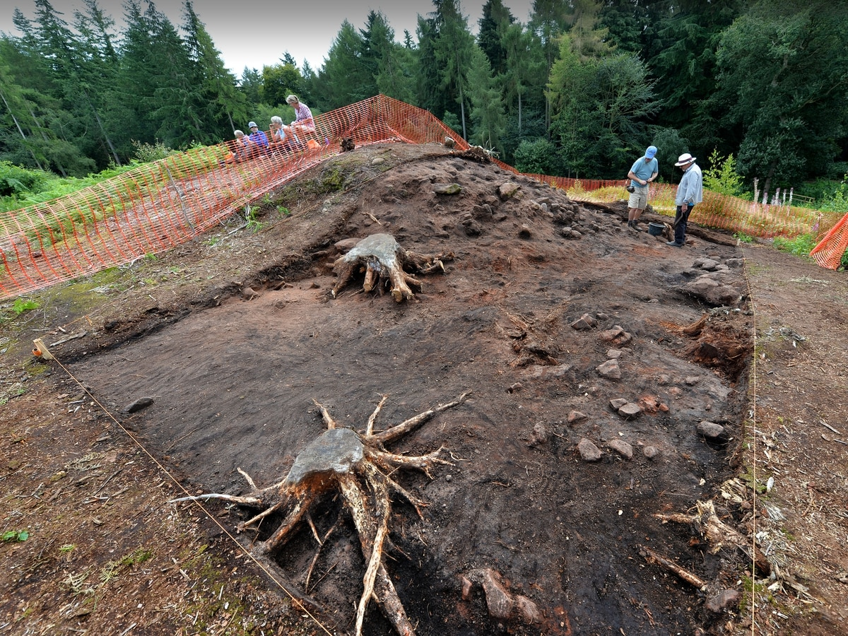 Hillfort dig reveals historical secrets