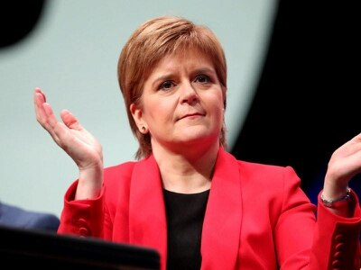 Brexit agreement asking people to take blindfold leap off cliff – Sturgeon