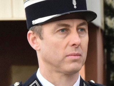 French officer's mother not surprised by his courage
