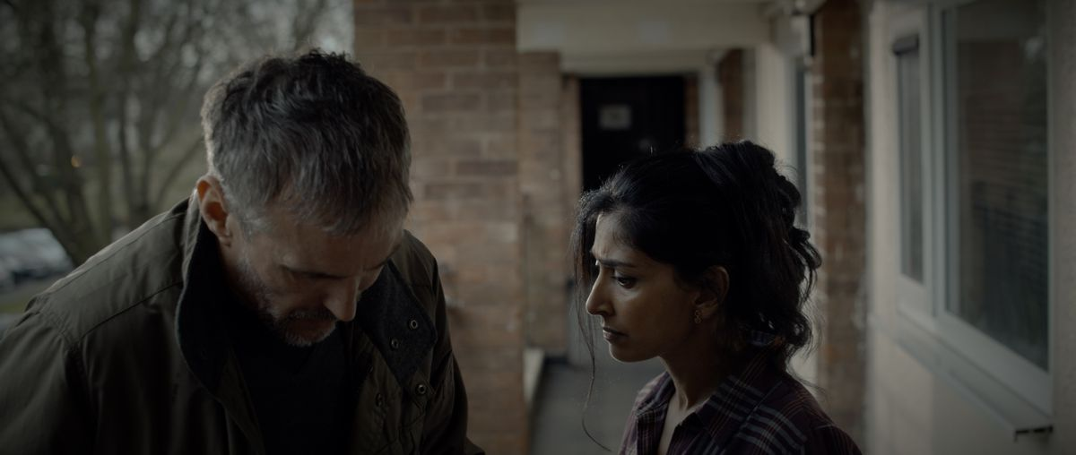 Les Dalton (Doug Allen) in conflict with his next door neighbour Anaya (Nimmi Harasgama)