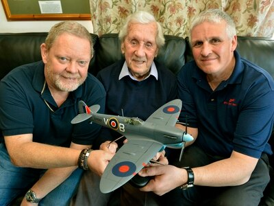 Wem WWII fighter ace honoured with model Spitfire
