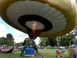 Grounded: Weather hits second day of Oswestry Balloon Carnival - with video and pictures