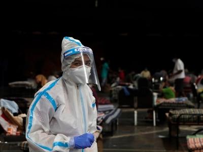 India records almost 25,000 new coronavirus cases