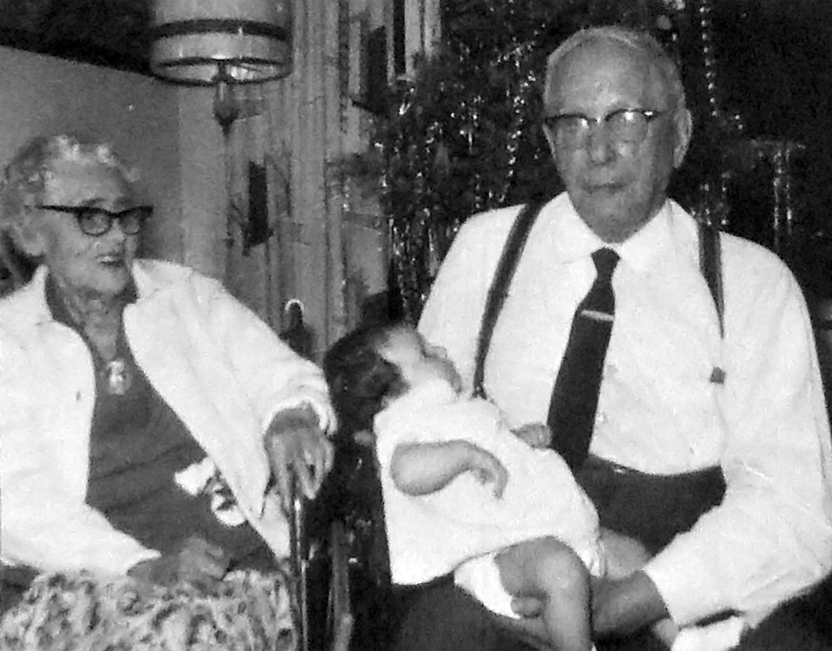 Ethel and Bill Bray with their great-granddaughter Hannah Richards