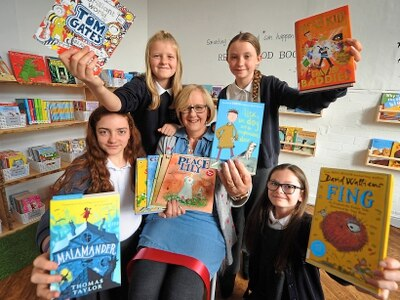Check out Shrewsbury primary school's first library