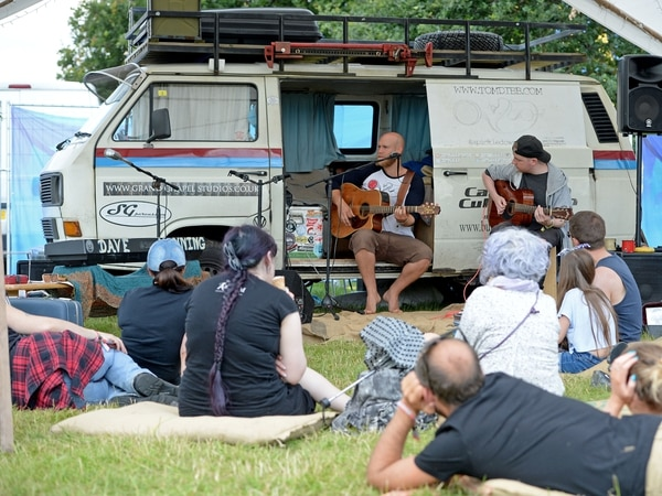 20,000 VW enthusiasts flock to Camper Jam at Weston Park